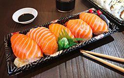 Salmon Nigiri Pack - 5 Pieces