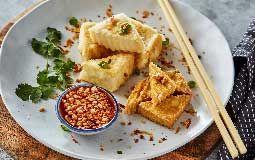 Mixed Fried Tofu w/Hot Chilli sauce & crushed peanuts